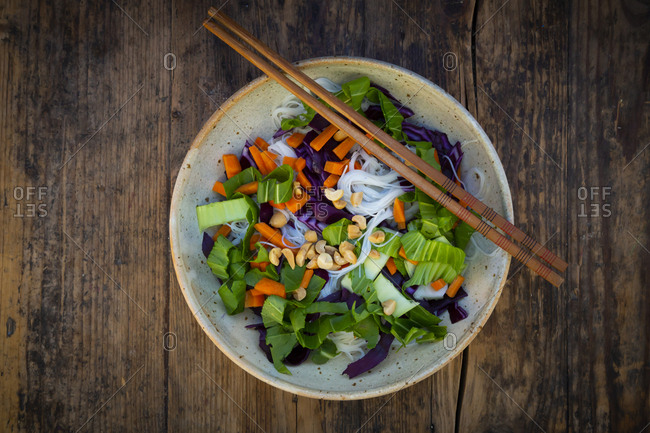 Glass noodle salad  with pak choi- carrot- red cabbage and peanuts- from above