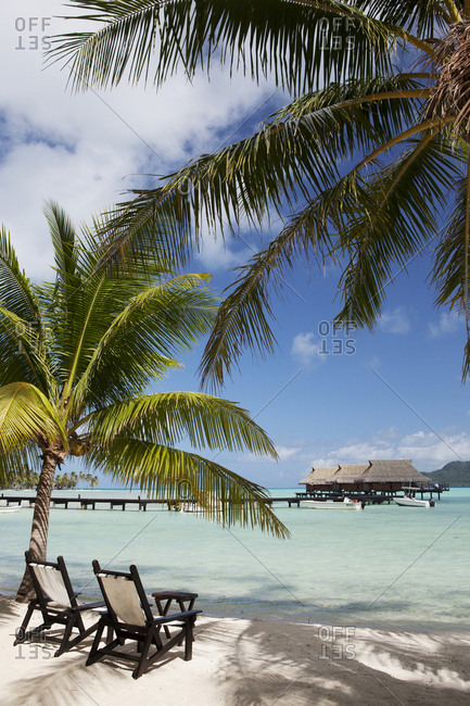 April 8, 2010: FRENCH POLYNESIA, Vahine Island. Bungalows, rooms and the grounds of the Vahine Private Island Resort.