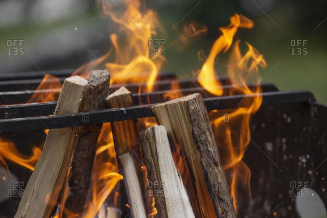 Canada, Alberta, Canadian Rockies, Jasper National Park, Wilcox Creek Campground, fire place