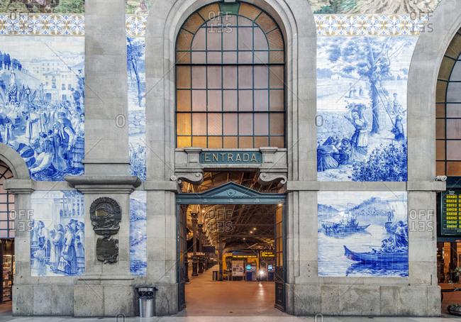 April 10, 2019: Sao Bento Station entryway, Porto, Portugal