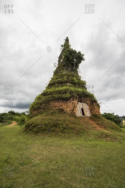 That Foun stupa; Muang Khoun, Xieng Khouang, Xiangkhouang, Laos