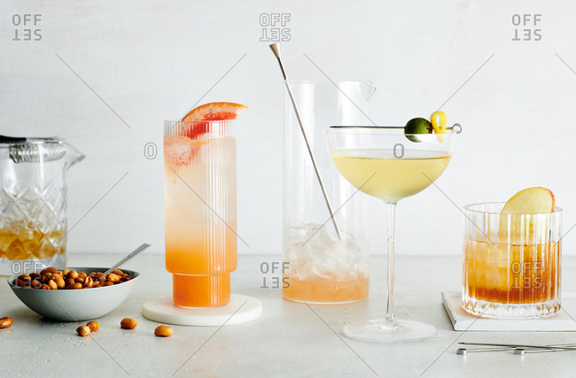 Normandine Club Spritz, Doubting Duck, Old Fashioned and beer nuts