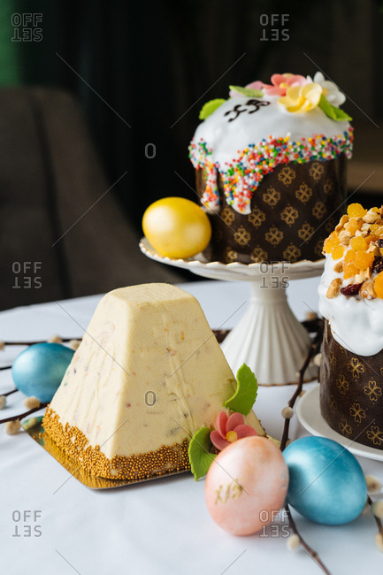 Gourmet pyramid shaped cake and Easter eggs