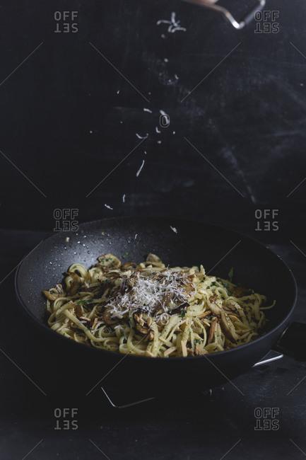 Bavette pasta with mushroom and oyster mushroom- parmesan