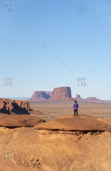 Mature woman in Monument Valley, Arizona, USA