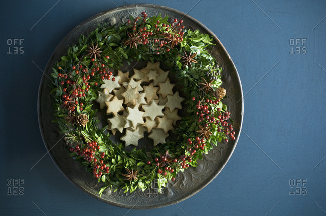 Selfmade Advent wreath- boxwood twigs- rosehip- star anise- shortbread