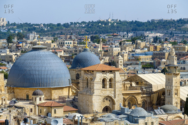 Israel, Jerusalem District, Jerusalem. High-angle view of the Church of the Holy Sepulchre and buildings in the Old City.