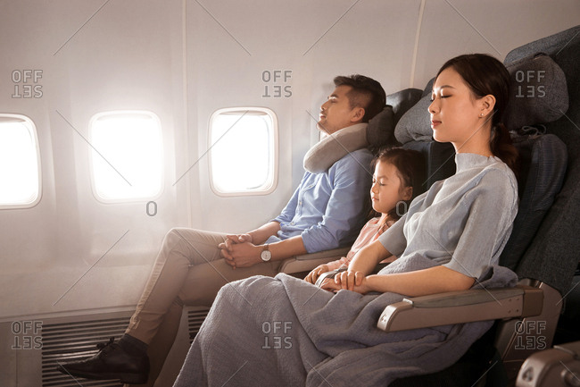 Happy families by plane - Offset