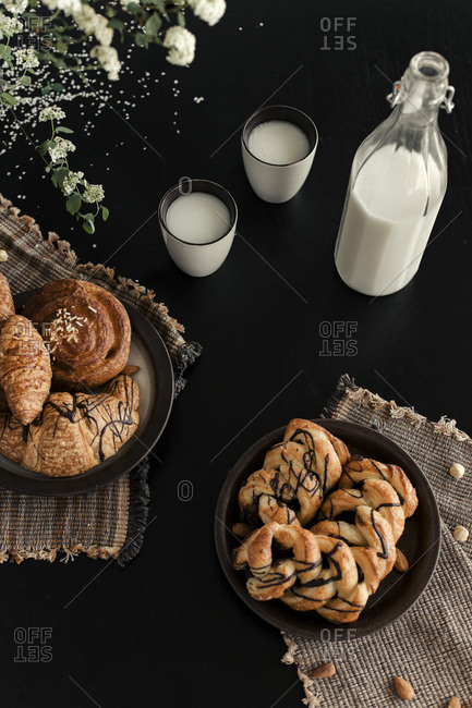 FRESH BAKED CROISSANT  ON THE BLACK TABLE