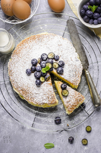 Cheescake with blueberries