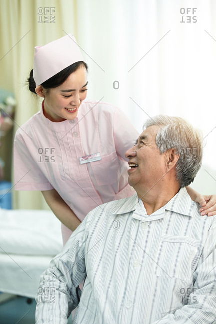Nurses and patients in the ward