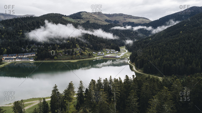 Lakeside mountain resort in the Pyrenees