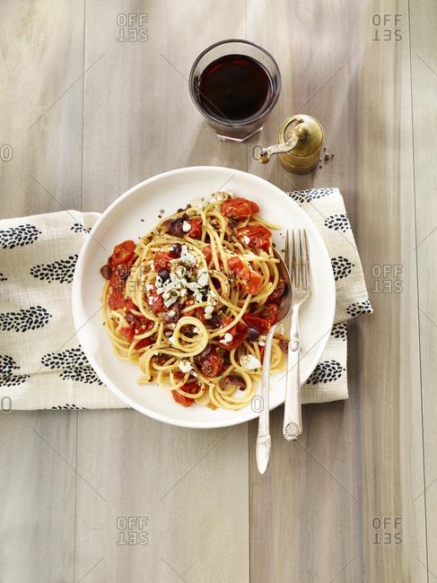 Spaghetti and roasted cherry tomato sauce