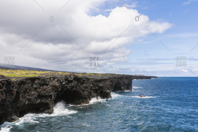 USA- Hawaii- Big Island- Volcanoes National Park- Pacific Ocean- lava coast