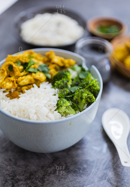 Rice with chicken curry and broccoli