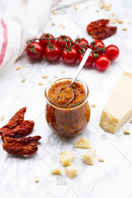 Ingredients of tomato pesto