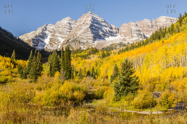 USA, Colorado, Maroon Bells. Mountain and forest autumn landscape.