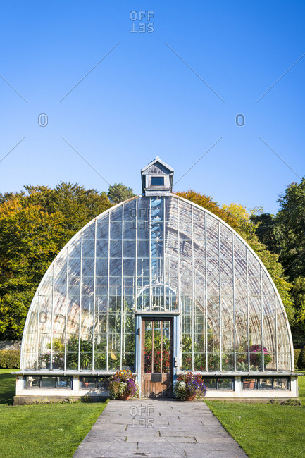 Muckross greenhouse at villainy national park