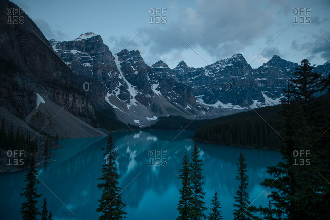 Moraine lake blue hour