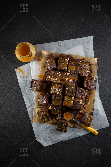 Brownie cake with caramel