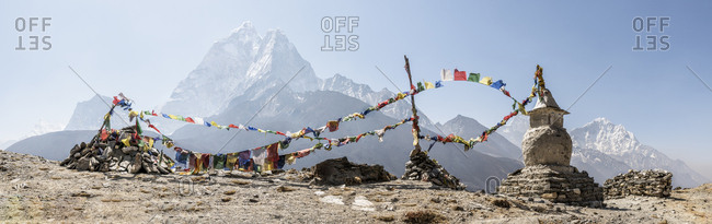 Nepal- Solo Khumbu- Everest- Dingboche- Stupa with prayer flags