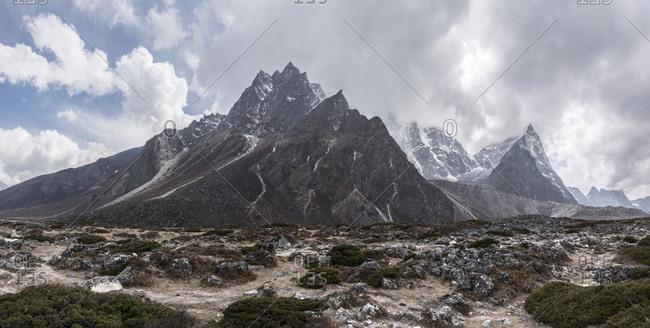 Nepal- Solo Khumbu- Everest- Dhugla