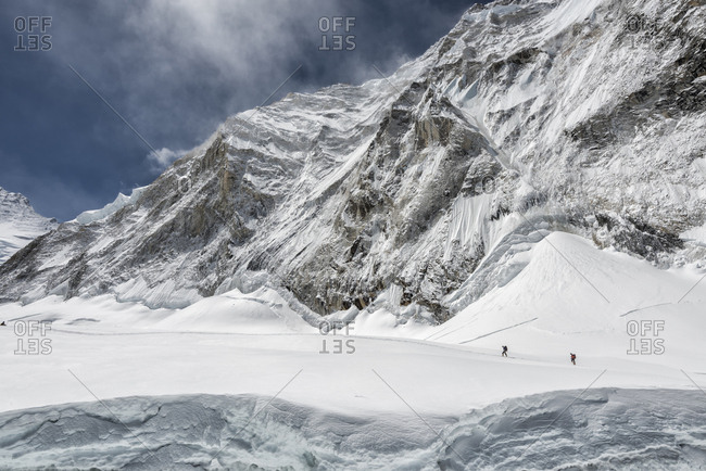 Nepal- Solo Khumbu- Everest- Mountaineers at Western Cwm