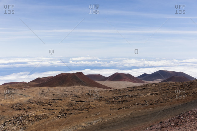 USA- Hawaii- Mauna Kea volcano- view over volcanic landscape and volcanic cones