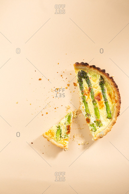 Sliced quiche with asparagus above