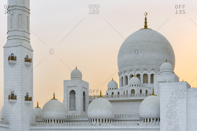 Colorful Sunset behind the Dome of Sheikh Zayed Mosque