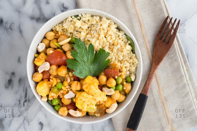 Cauliflower tikka masala lunch bowl