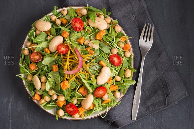 Tomato and bean salad - Offset