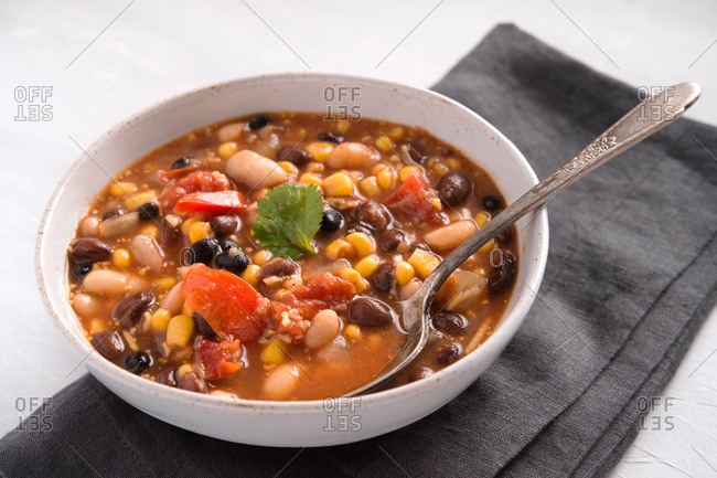 Three bean chili bowl - Offset