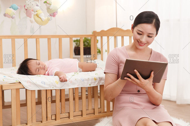 The young mother tablets
