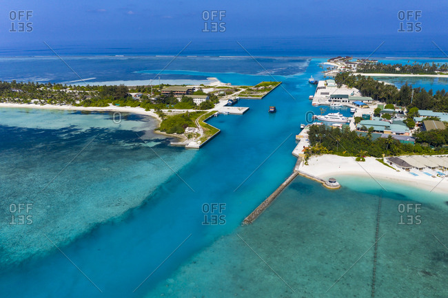 Maldives- South Male Atoll- canal between Olhuveli and Bodufinolhu- aerial view