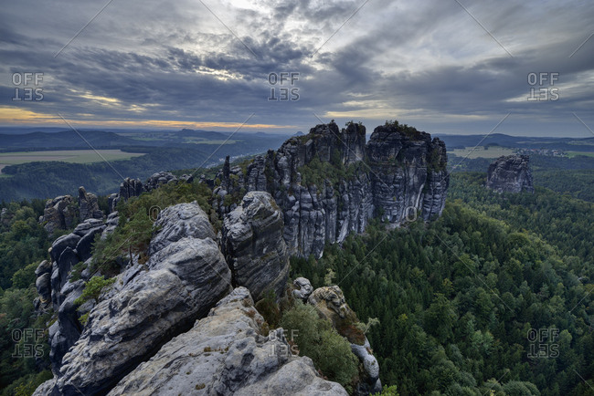Germany- Saxony- Elbe Sandstone Mountains- rocks and rock needles of the Schrammsteine and Falkenstein