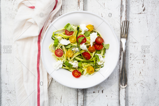Zoodles salad with tomatoes- Buffalo Mozzarella and basil