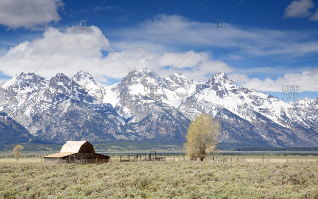 Great Tetons mountains in Yellowstone Park, Wyoming, USA