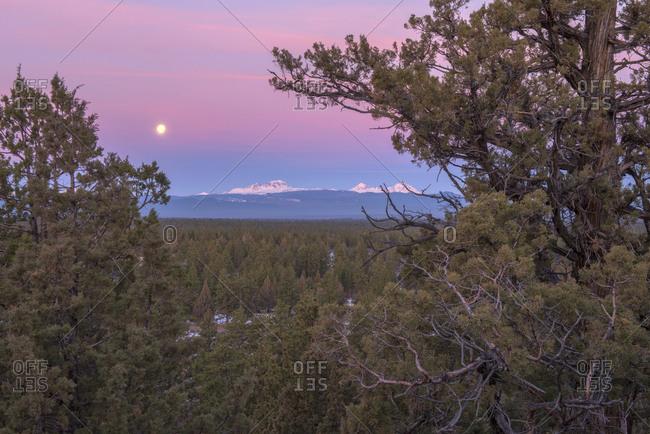 Cascade Mountains at sunrise