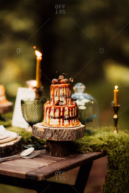 Rustic wedding cake with caramel drizzle