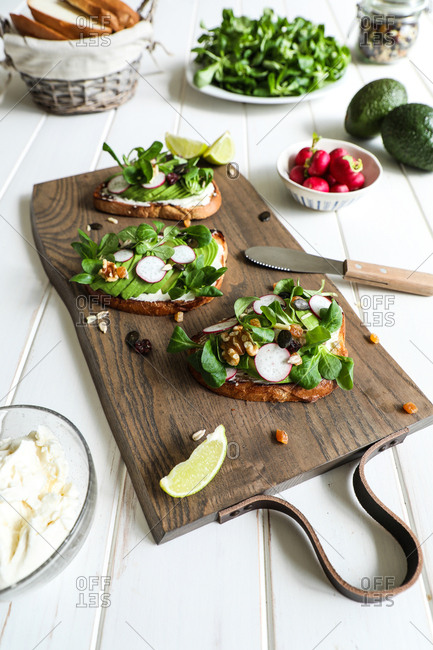 Vegetarian sandwiches on cutting board