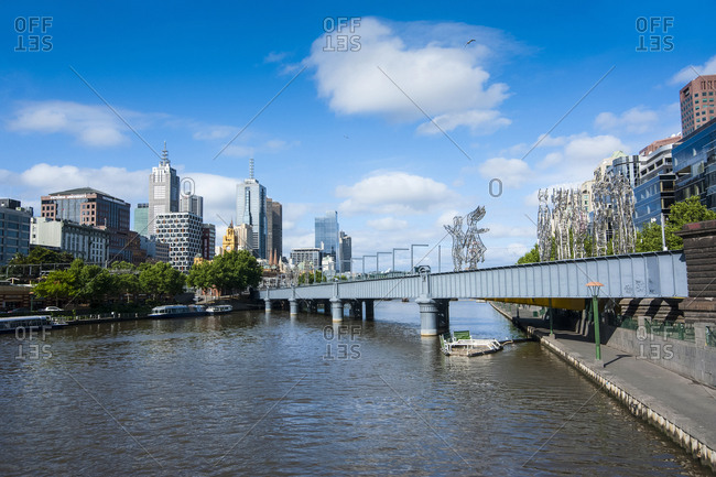 October 30, 2008: The heart of Melbourne on the Yarra river- Victoria- Australia