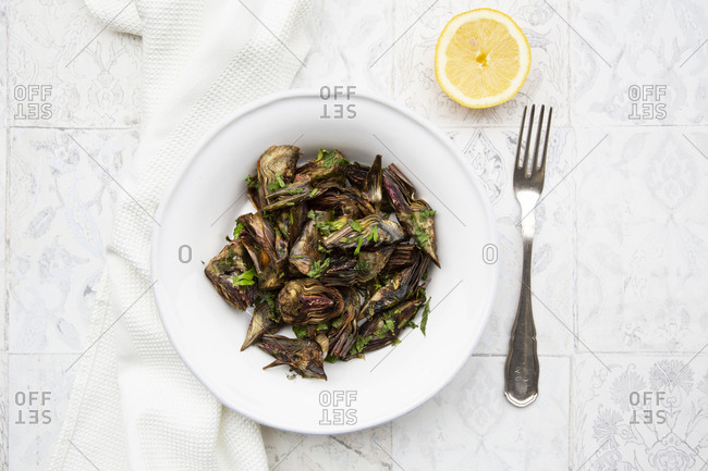 Italian artichoke with olive oil- parsley and lemon juice- from above