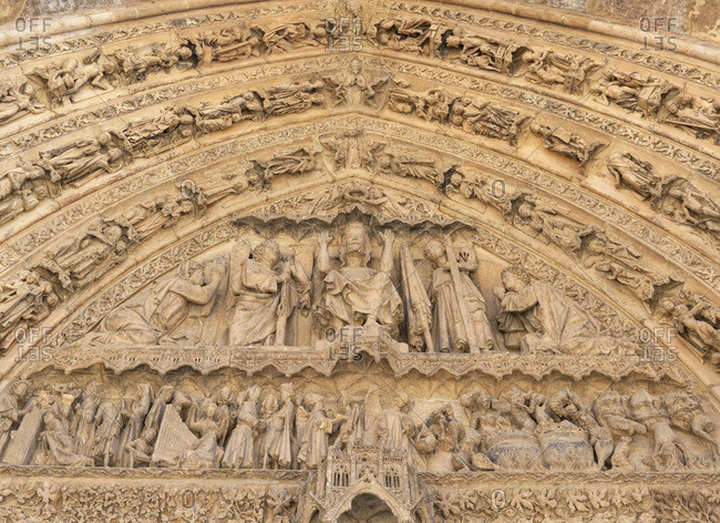 Spain, Castile and Leon, Leon, Santa Maria de Leon Cathedral, detail above entrance