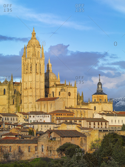 Spain, Castile and Leon, Segovia, cathedral at sunset