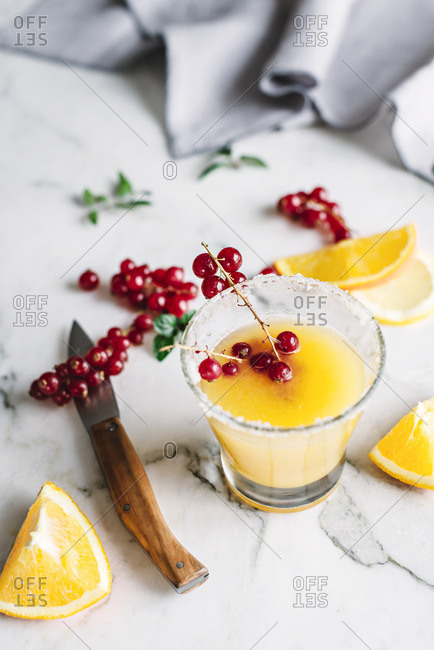 Fresh Orange Juice with Berries