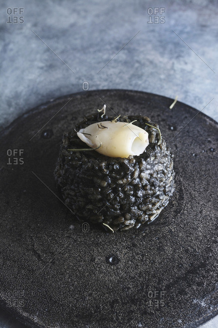 Black rice with cuttlefish
