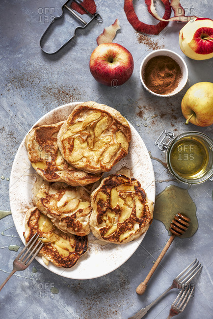 Apple pancakes with cinnamon and honey
