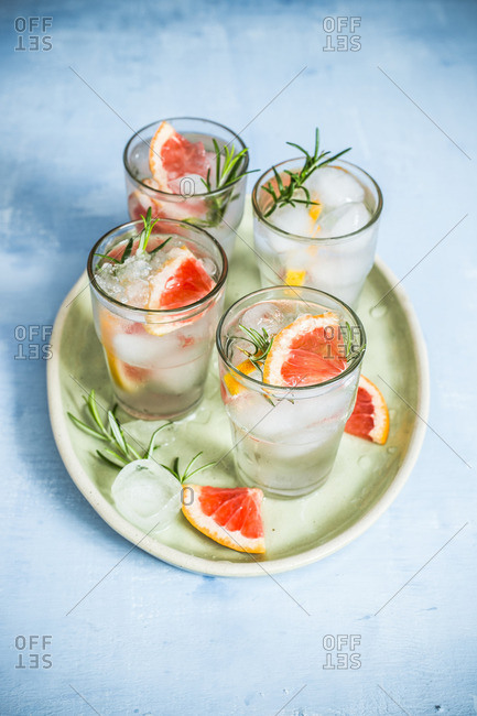 Gin and tonic with grapefruit and rosemary