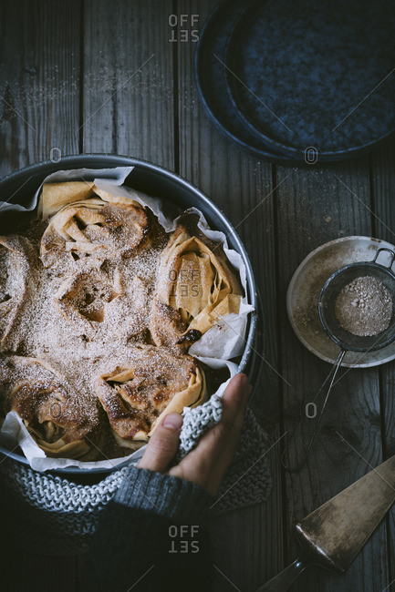Ruffle cake made from filo pastry with cinnamon sugar